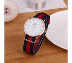 Стильные женские наручные часы Geneva