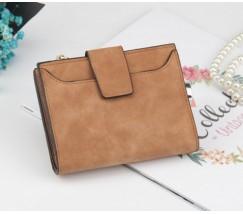 Жіночий маленький гаманець коричневий