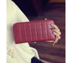 Жіночий гаманець клатч в клітинку червоний