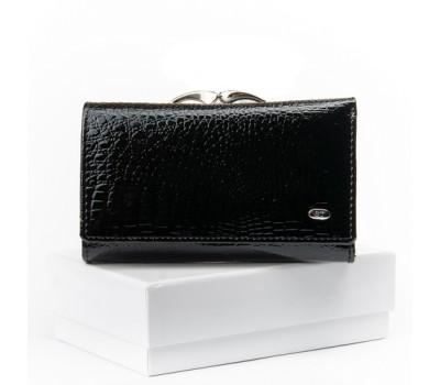 Женский лакированный кошелек кожаный черный