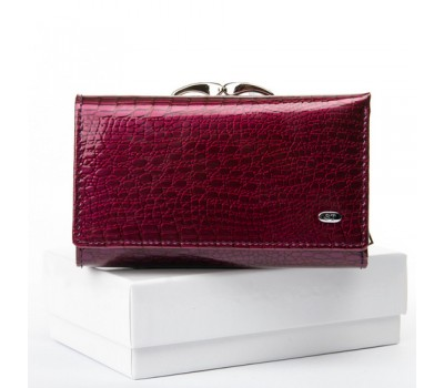 Женский лакированный кошелек кожаный фиолетовый