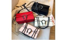 Женская сумка под известный бренд