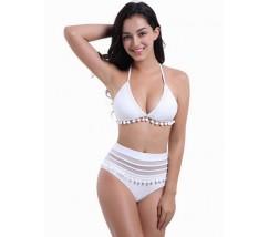 Необычный женский купальник с украшением белый