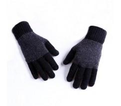 Теплые зимние черные перчатки