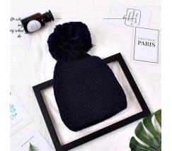 Жіноча шапка з великим помпоном зимова синя