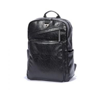 Вместительный рюкзак для мужчин черный
