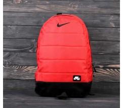 Спортивный рюкзак Nike красный