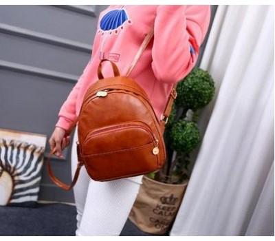Объемный женский рюкзак рыжего цвета