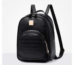 Женский качественный рюкзак из кожзама черный
