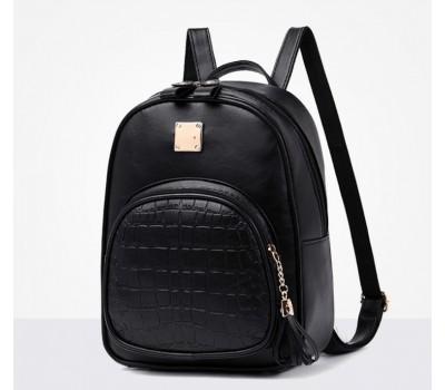 Жіночий якісний рюкзак зі шкірозамінника чорний