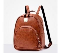 Женский качественный рюкзак из кожзама коричневый