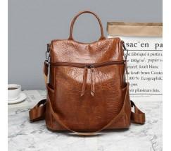 Женский рюкзак-сумка под кожу крокодила коричневый