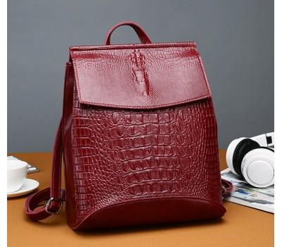 Женский рюкзак-сумка под крокодила красный