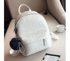 Большой женский рюкзак с пушистым брелком белый