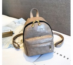 Маленький рюкзак под кожу рептилии бежевый
