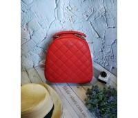 Жіночий якісний рюкзак червоний