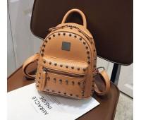 Рюкзак женский с заклепками коричневый