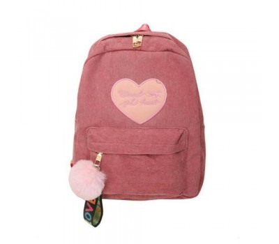 Велюровый женский рюкзак с сердцем розовый