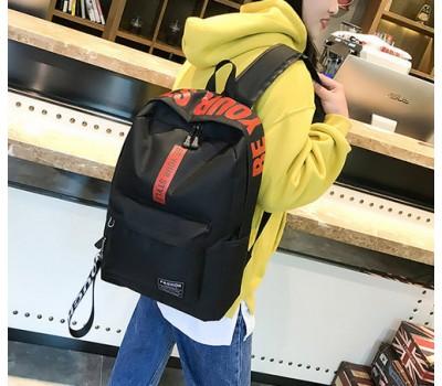 Вместительный рюкзак с ткани черный
