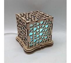 """Соляний світильник дерев'яний куб """"Серця"""""""