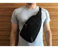 Мужская сумка бананка на грудь черная