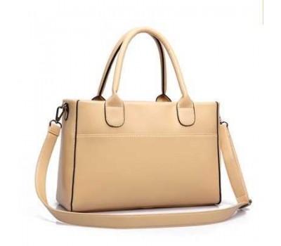 Женская сумка классическая вместительная бежевая