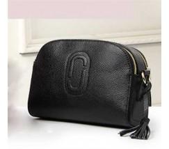 Жіноча сумка маленька шкіряна чорна з кісточкою