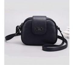Кожаная женская сумка полукруглая маленькая черная
