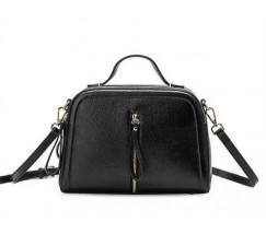 Женская сумка черная через плечо кожаная