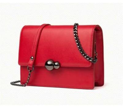 Женская маленькая кожаная сумочка на цепочке красная