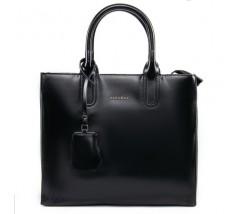 Містка шкіряна жіноча сумка чорна