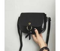 Жіноча маленька сумочка чорна