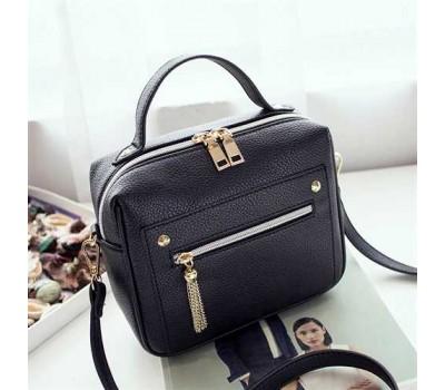 Женская вместительная сумочка черная