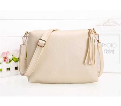 Женская сумка белая из мягкой экокожи