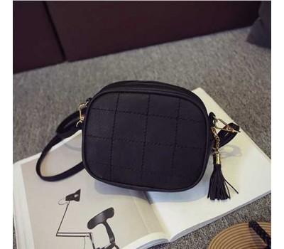 Женская маленькая сумочка из экокожи черная