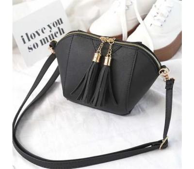 Женская сумочка маленькая черная с кисточками