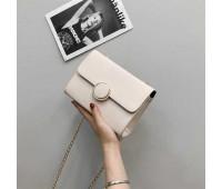 Элегантная женская маленькая сумочка белая