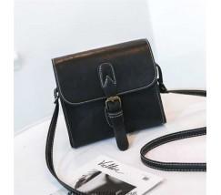 Маленькая женская сумочка в стиле ретро черная