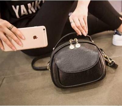 Вместительная сумочка женская черная