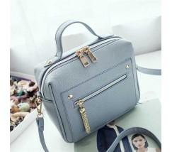 Женская вместительная сумочка голубая