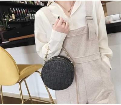 Кругла плетена сумка чорна