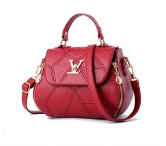Красная женская сумка в стиле Louis Vuitton