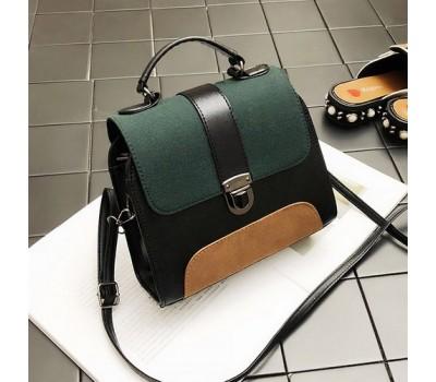 Маленькая сумка с замшевыми вставками зеленая