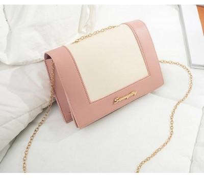 Модная сумочка клатч на цепочке розово-белая
