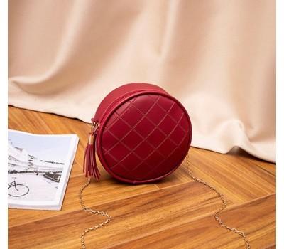 Стильная круглая сумка на цепочке красная