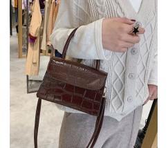 Женская сумка со змеиным принтом коричневая