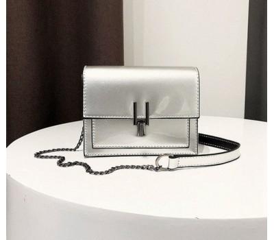 Красивая женская лаковая сумочка клатч серебристая