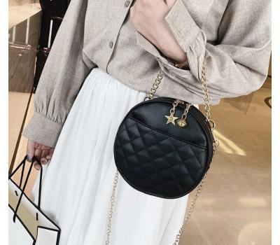 Круглая женская сумочка на цепочке черная