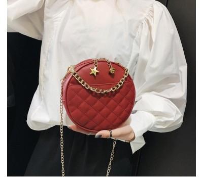 Круглая женская сумочка на цепочке красная