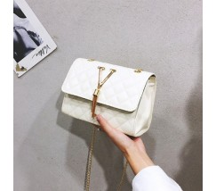 """Женская маленькая сумочка """"V"""" белая"""